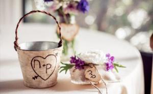 Rustic Wedding Decor | Home on the Range